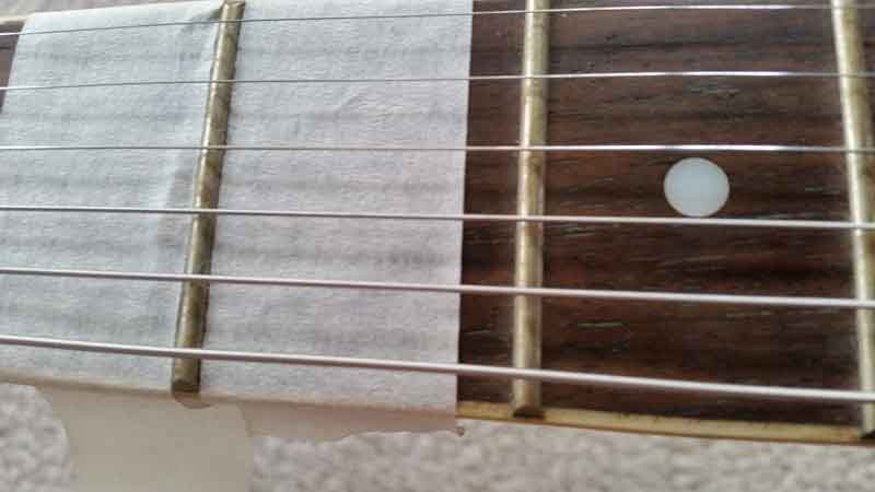 how-to-polish-guitar-frets-mask-frets